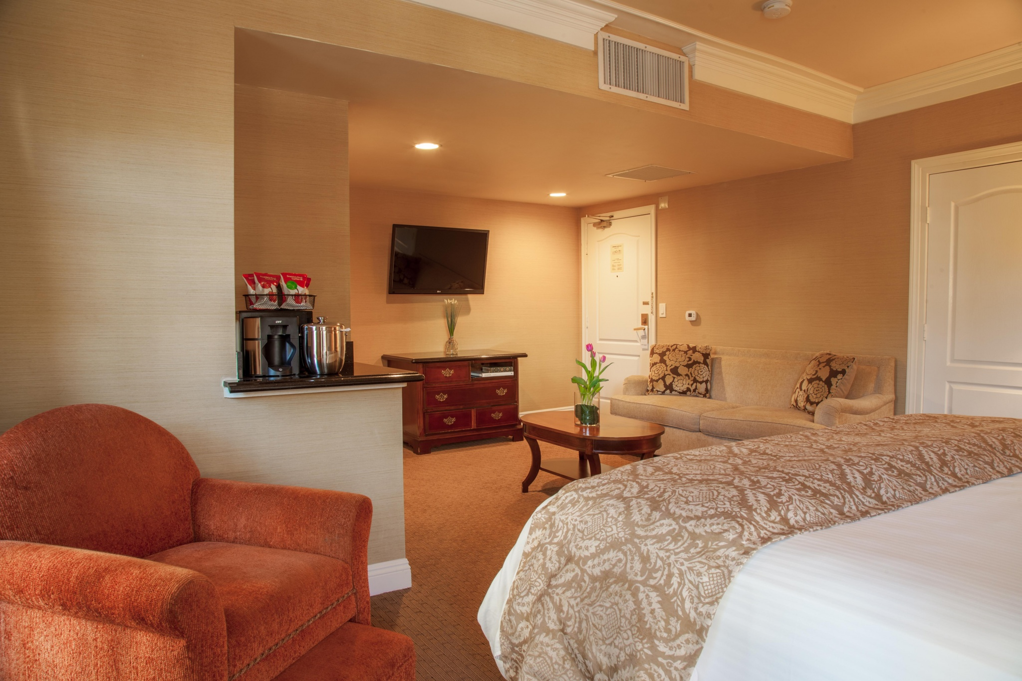 Best Western Plus Sunset Plaza Hotel | West Hollywood, CA | Gallery 31
