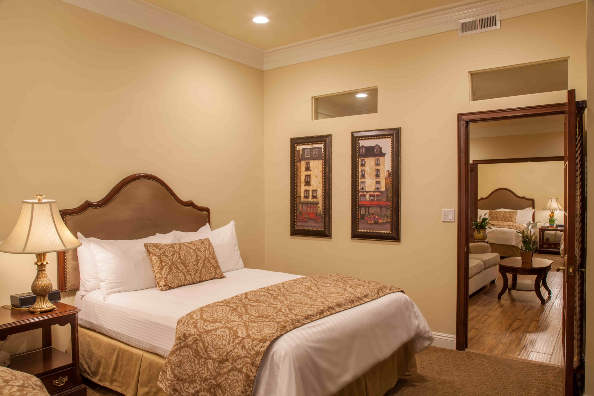 Best Western Plus Sunset Plaza Hotel | West Hollywood, CA | Gallery 21
